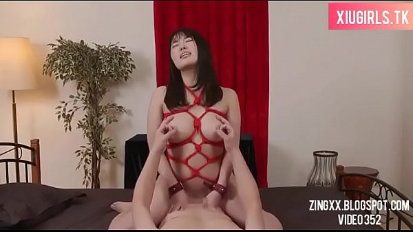 Japanese female employee enters motel with colleague ( Full: bit.ly/2lzUb0z ) yed365